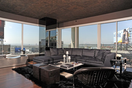 Penthouse with a View Julies Properties